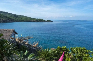 Cliff dive Carabao. Informations activities and things to do on Carabao.