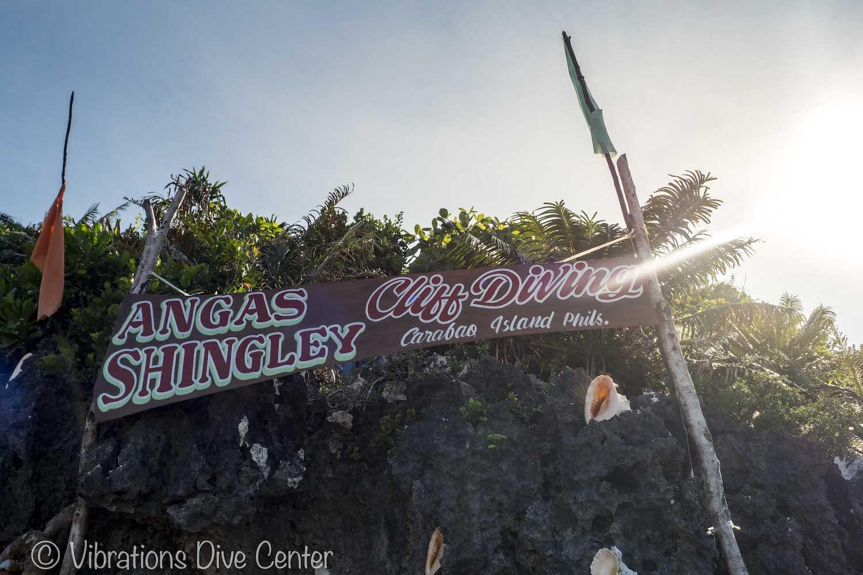Angas Shingley Cliff Jumping, Carabao Island, San Jose, Romblon. Informations activities and things to do on Carabao.