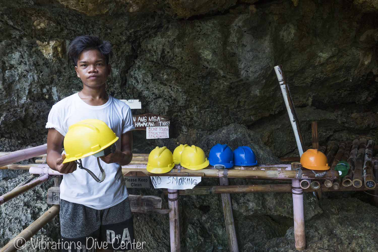Cathedral Cave, Carabao Island, San Jose, Romblon. Informations activities and things to do on Carabao.
