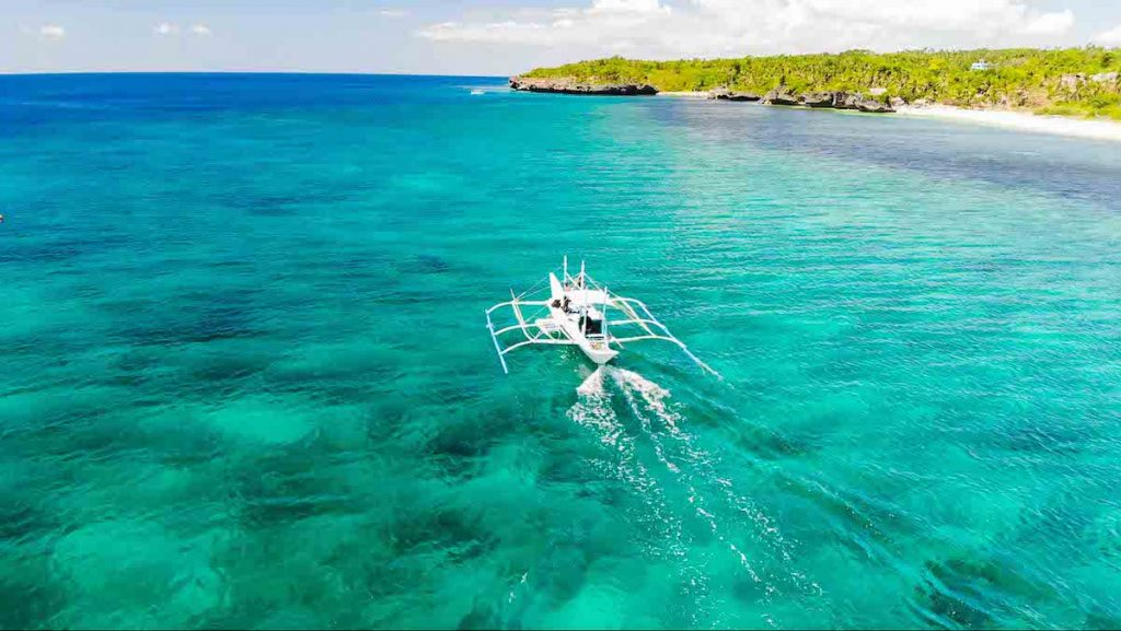 Bateau de plongée à Carabao island Philippines
