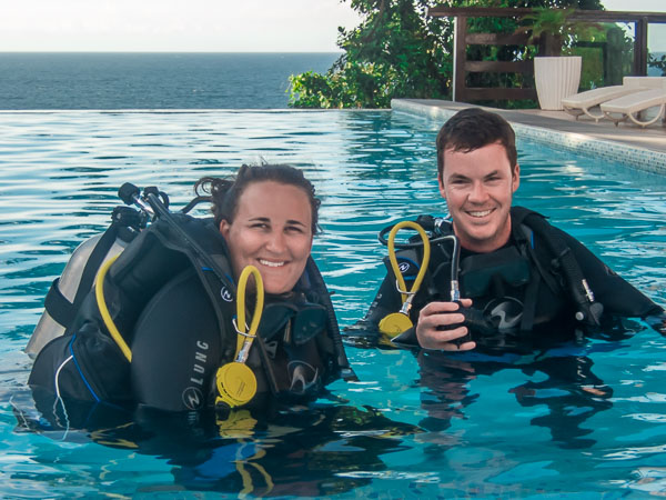 Curso de buceo PADI en Carabao filipinas con Vibrations dive center