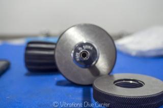 """""""Thread gauge"""" de las válvulas, Vibrations Dive center"""